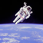 Astronaut McCandles during Extra Vehicular Activity 001.jpg